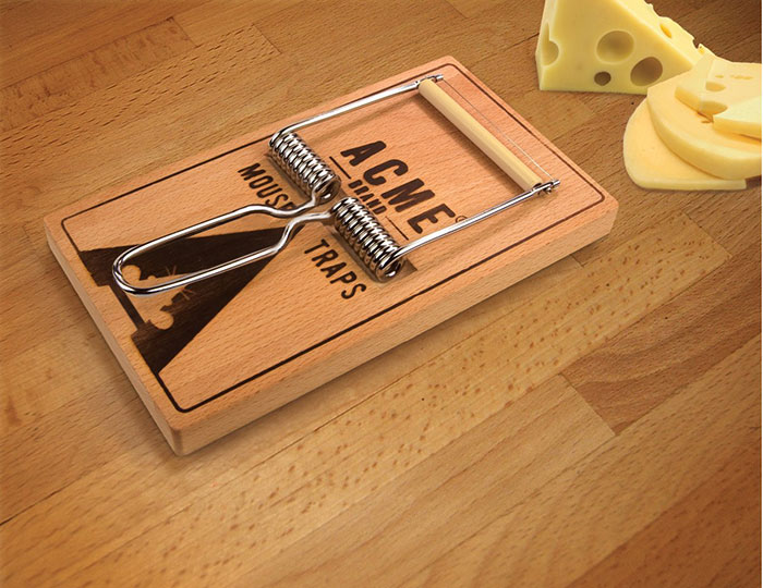Oh Snap Cheeseboard and Cutter