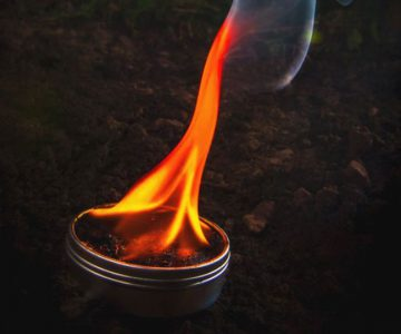 Uberfire Waterproof Fire Starter