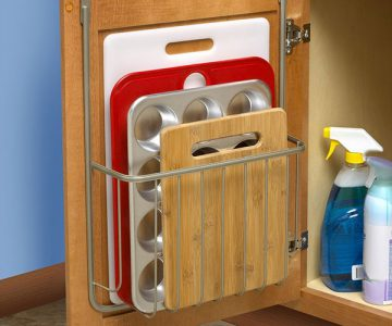 Cutting Board & Bakeware Holder