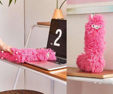 Llama Desk Duster